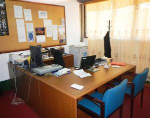 2-office-e